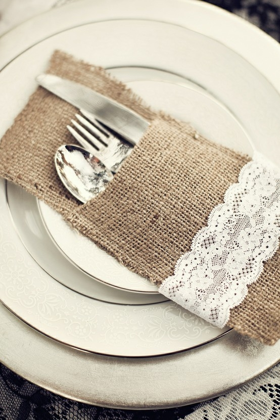 burlap & lace utensil pouch – easy to make!