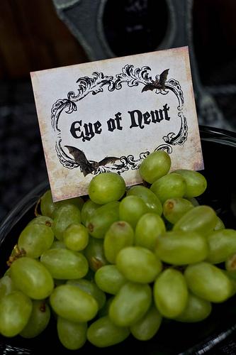 grapes for eyeballs healthy school party snack idea