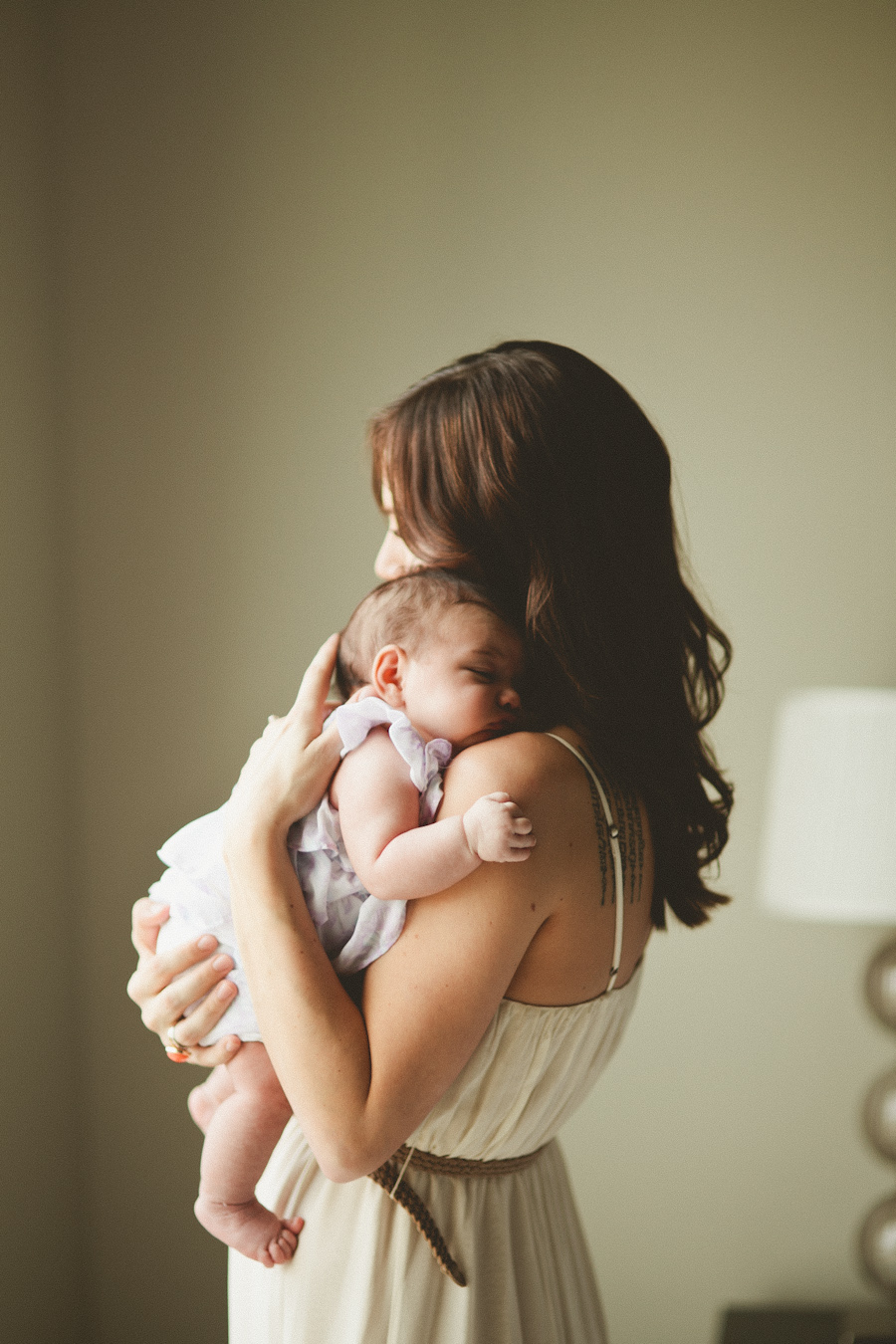 Фото парень с ребенком и девушкой