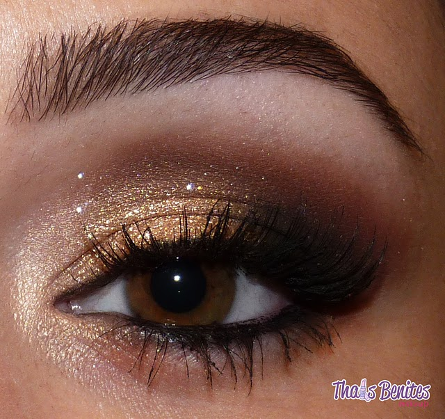 The key to perfect smokey eyes is proper blending. You want to make sure colors are blended together flawlessly. Also, it's important to pair light base colors with rich dark colors. Nice mixes include: Soft gold base with deep purple on top, champagne base with bright blue, and peach base with.