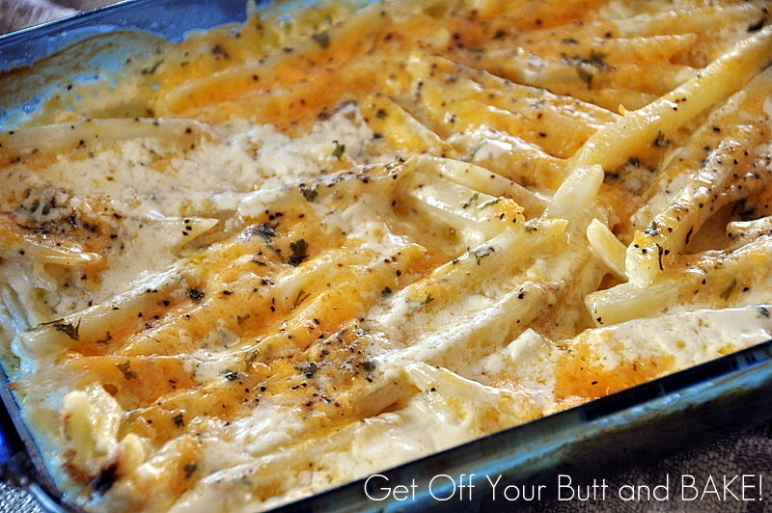 CREAMY CHEESY POTATOES | We Know How To Do It