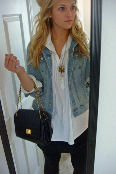 Jean Jacket outfit with:  – White cuffed shirt  – Black skirt  – Black leggings