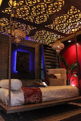 Exotic Moroccan Floating Bed Retreat….soooo sexy!
