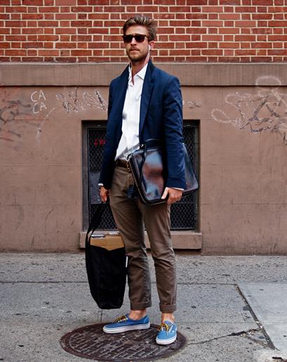 Слипоны для мальчика с чем носить