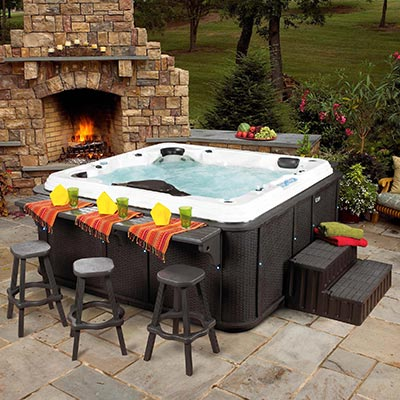 A hot tub with a bar counter – it'll do.