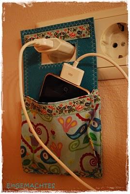 charger pocket. smart!