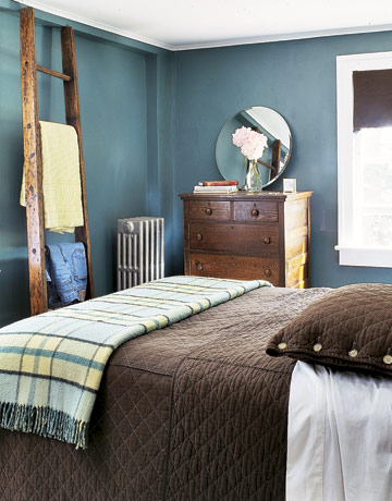 Blue Green Bedroom Deep Blue Green Walls Are Offset By Chocolate Brown  Bedding