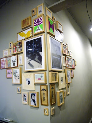 love the idea of a corner art installation.  This would really add some dimensio