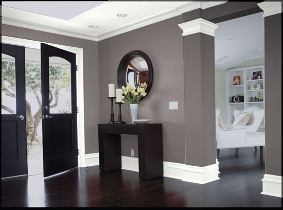 Love Dark Grey Walls White Trim Wood 550 x 408
