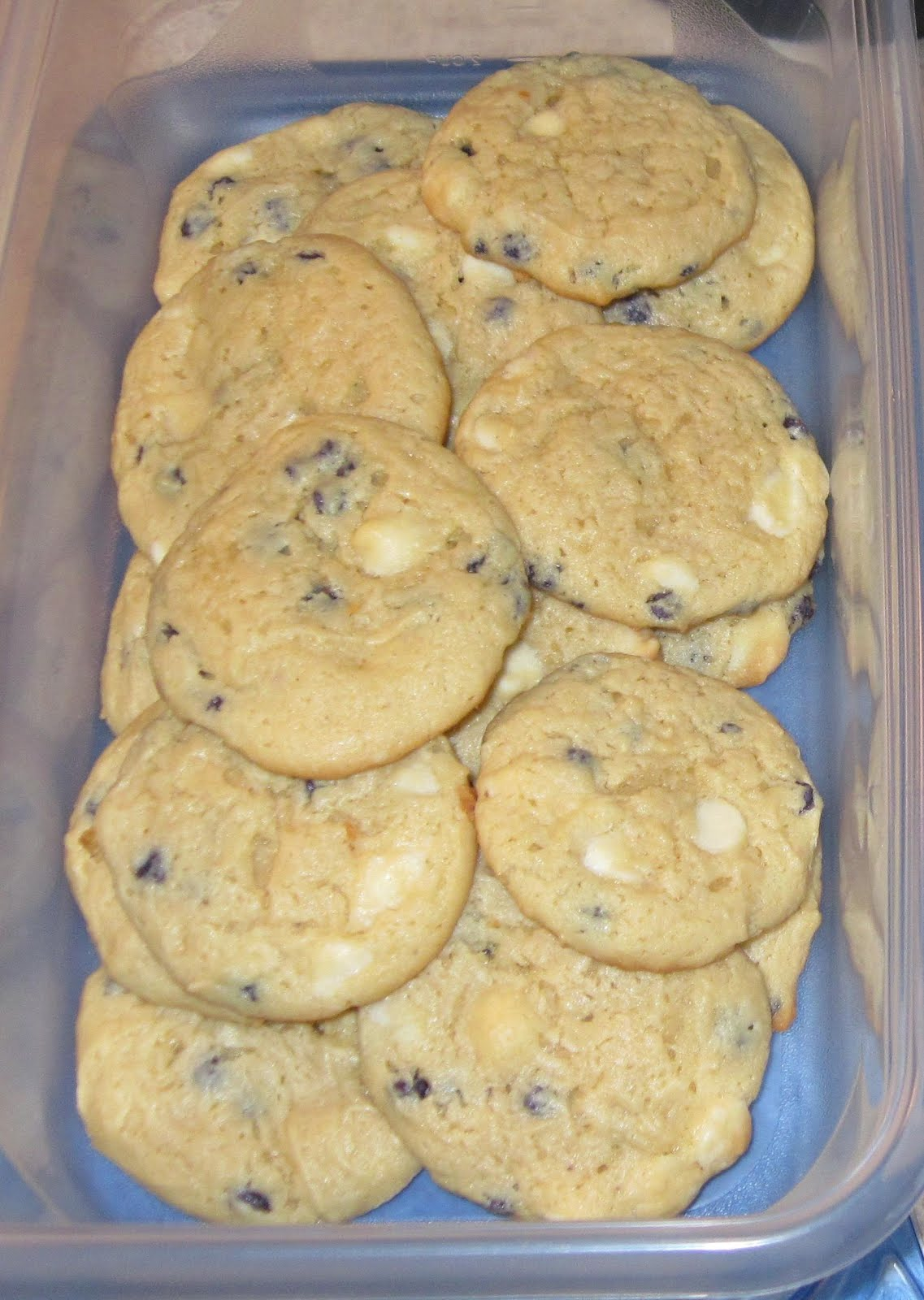 Blueberry Cheesecake Cookies! (Using Blueberry Jiffy muffin Mix!