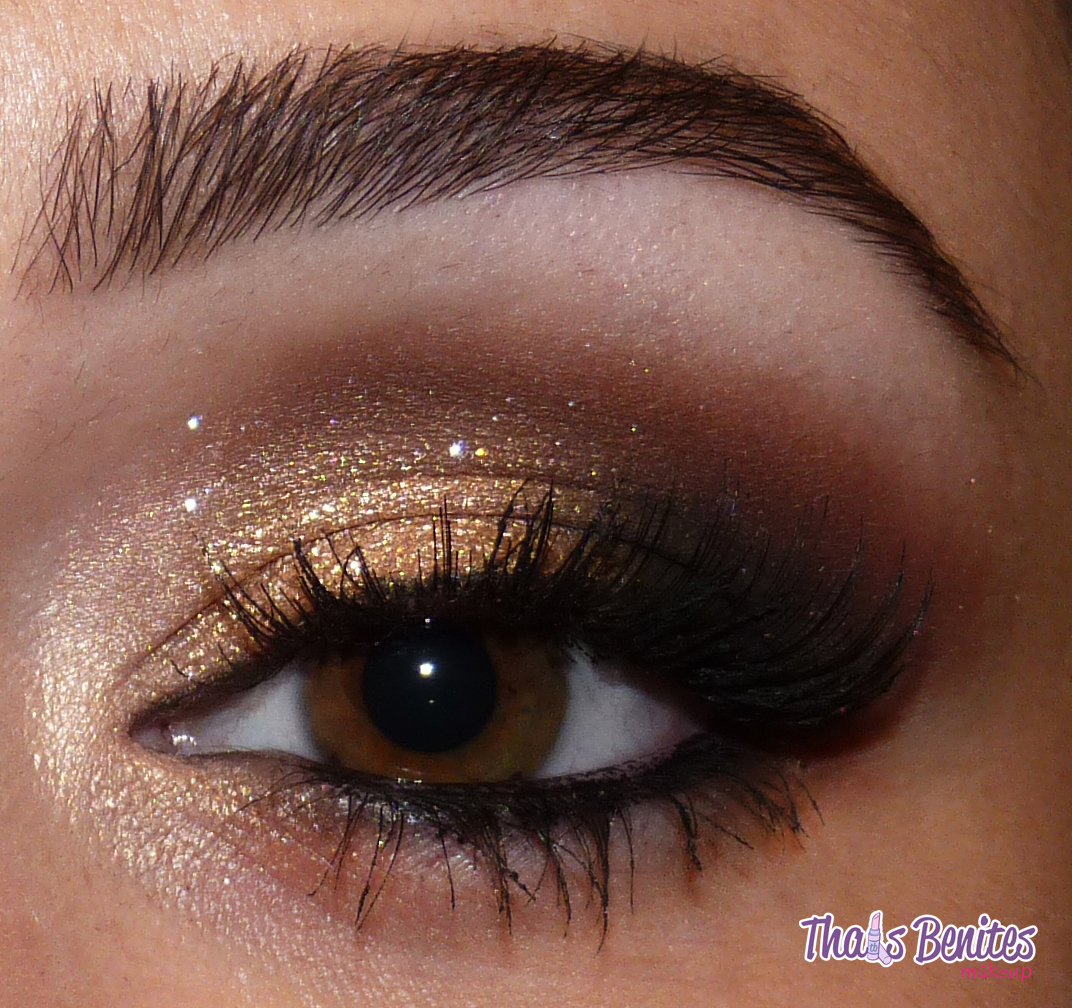 Makeup for a black eye