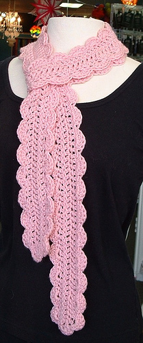 Free Crochet Pattern Scallop Scarf : Free Crochet Scarf Pattern. We Know How To Do It