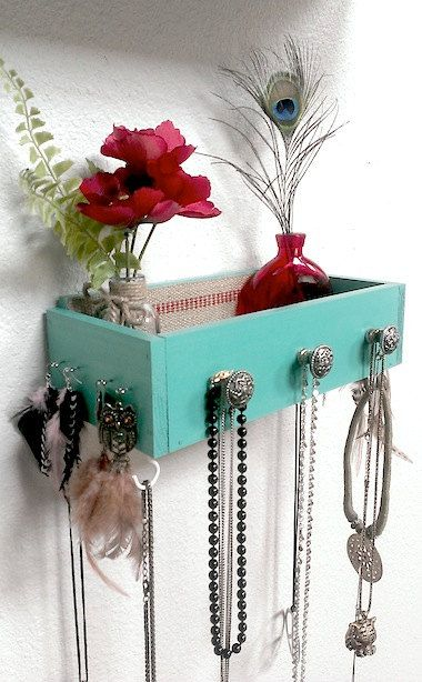 CREATIVE WAYS TO RECYCLE OLD DRAWERS