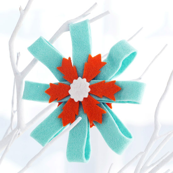Felt Rosette Christmas Ornament -   Easy Christmas Ornaments