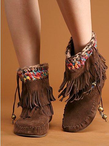 Fringe Moccasin Boots