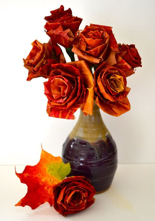 Autumn leaf bouquet -   HOME DECORATIONS WITH FALL LEAVES