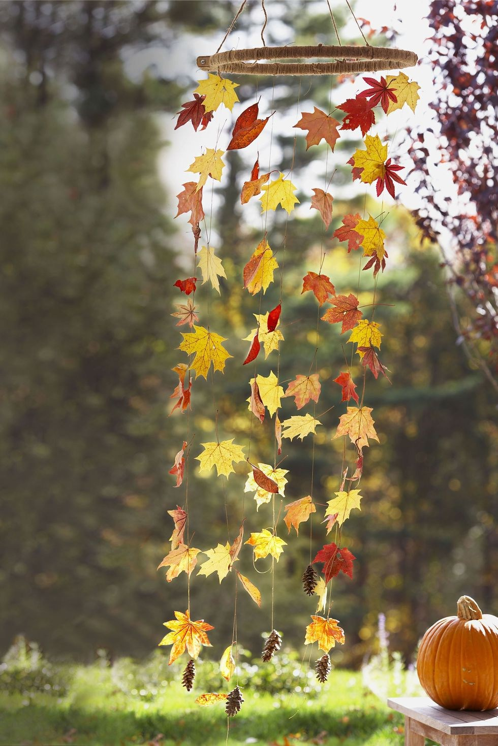 Make a bell hanging in front of the door -   HOME DECORATIONS WITH FALL LEAVES