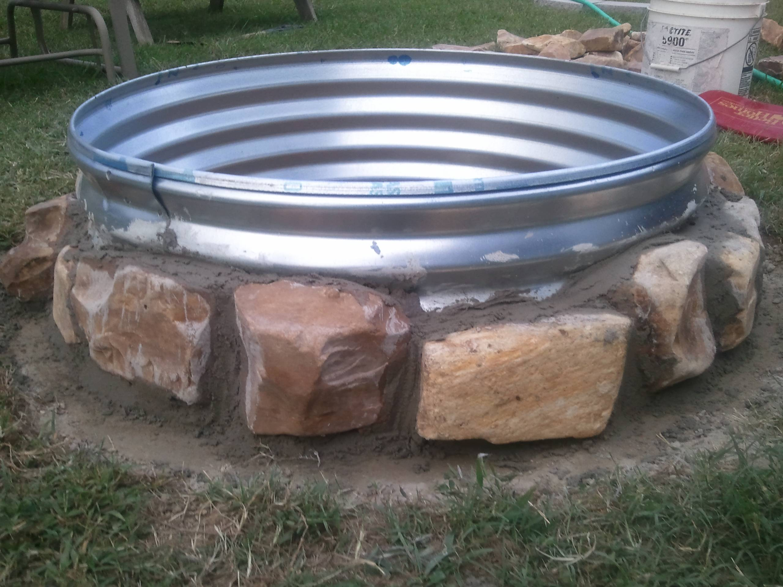 """Simple """"How To"""" Fire pit. 
