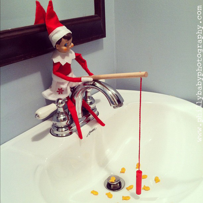 tons of elf on a shelf ideas… never can figure a new place to put him!