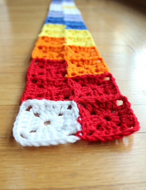 Zig Zag crochet along