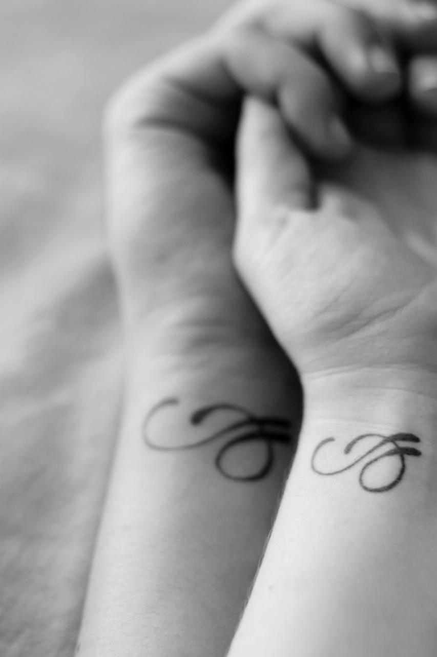 Handgelenk partner tattoo Beste Freundin