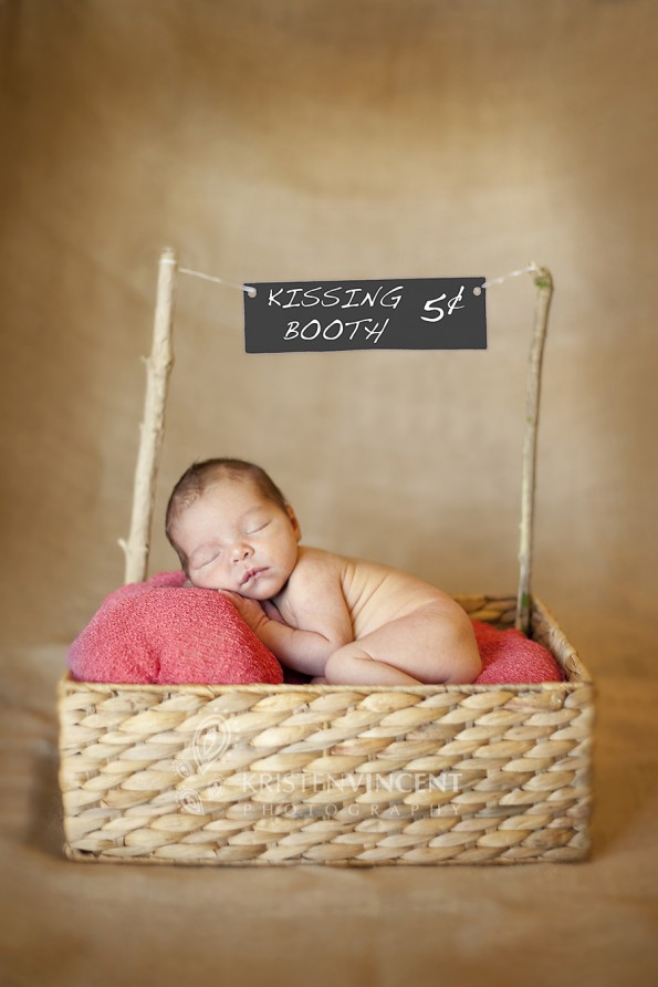 Great baby photo shoot ideas.