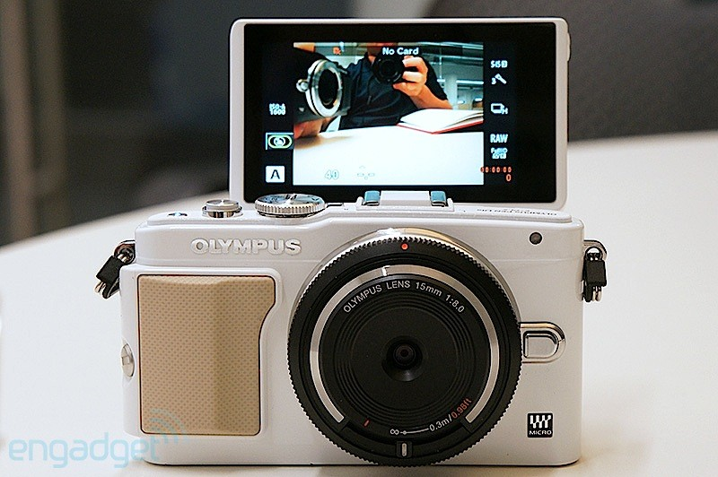Olympus E-PL5 and E-PM2. Micro-thirds pioneers ramp it up with these new bad boy