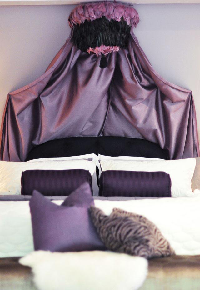 11 DIY Canopy Beds