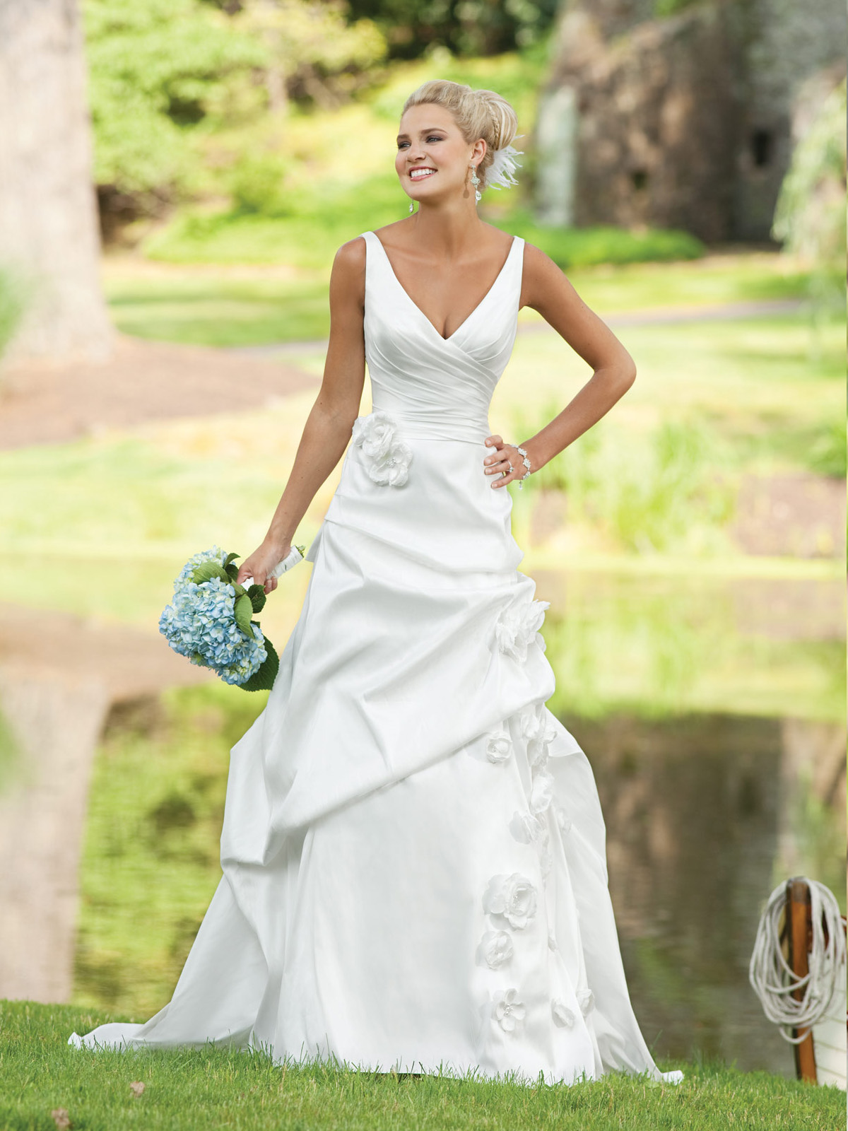 V neck a line taffeta bridal gown we know how to do it for Wedding dresses for broad shoulders