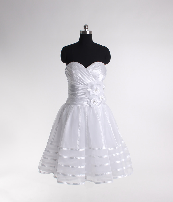 Elegant Sleeveless A-line Tea-length bridal gowns