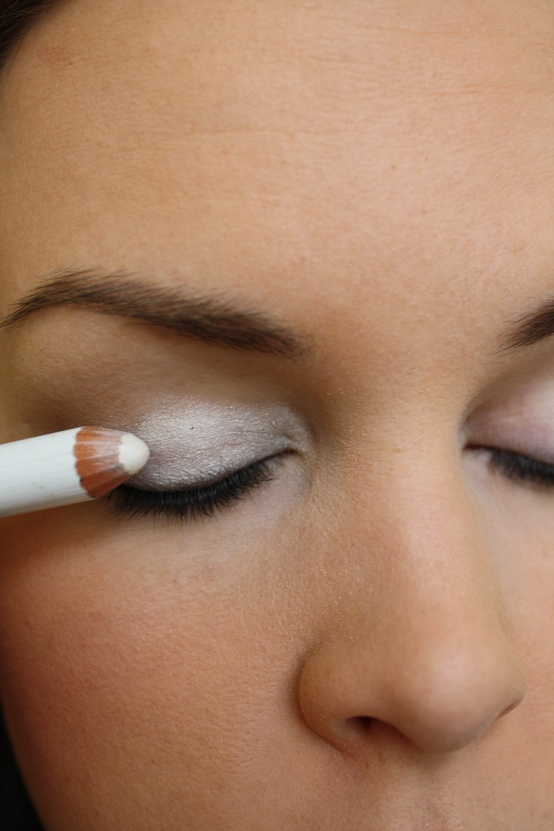 Awesome Tip! Color your eyelid with white eyeliner as an eyeshadow base. Your ey