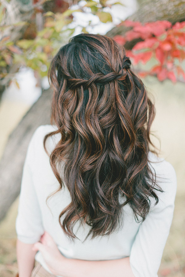 This is perfect wedding hair but I just know my fine hair wouldn't say in th