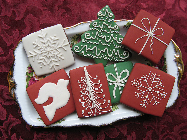 Simple and elegant Christmas cookies – by Unique Cookie