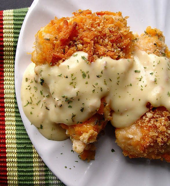 REVIEW: Found it on Pinterest and made it. Baked Crispy Cheddar Chicken – This r