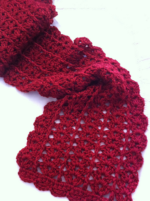 Urban Shells crochet scarf pattern.  It works up quickly and self edges.