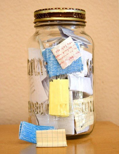 Start on January 1st with an empty jar. Throughout the year write the good thing