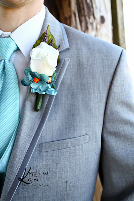 Love the gray suit with the light blue