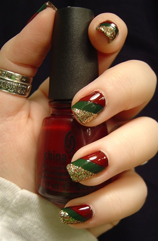 Holiday Stripes – Nail Art Gallery by NAILS Magazine