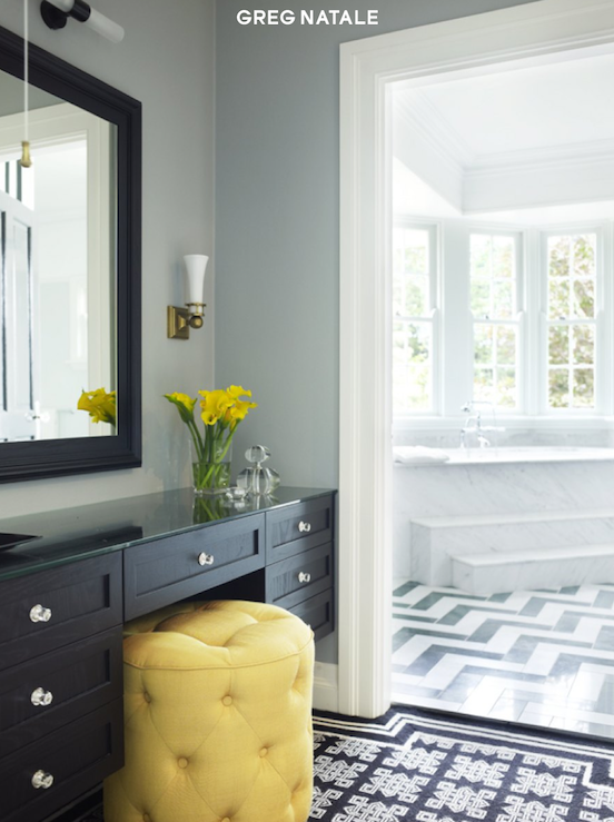 Chic Yellow Black Dressing Room Design With Gray Walls Yellow