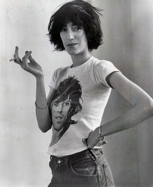 Patti Smith, in Keith Richards T-Shirt. S)