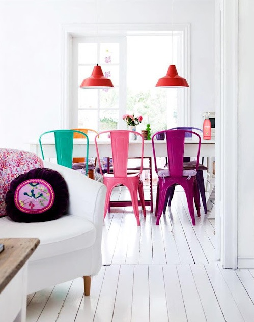 Multi-color chairs add a pop of color, how cute!! #home #decor #interior #dining