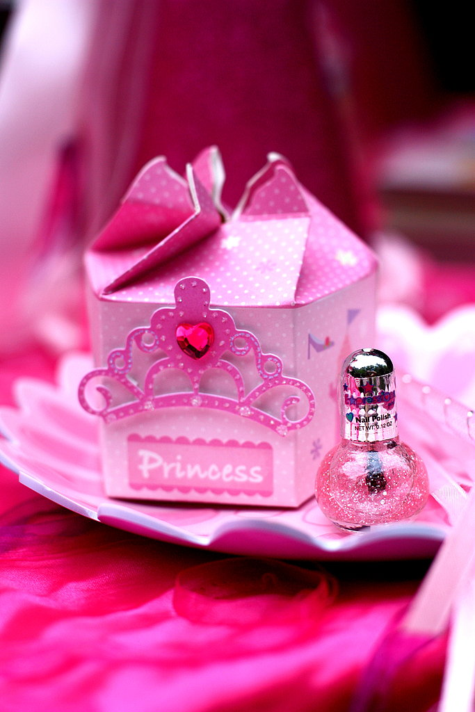 Поздравления днем, открытка с днем рождения принцесса 7 лет