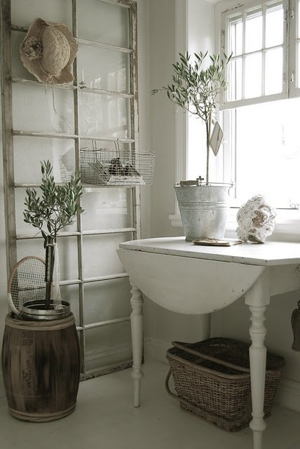 Awesome Vintage Rack for Your Entryway -   31 DIY Ideas How To Use Old Windows