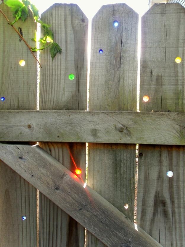 32 Cheap And Easy Backyard Ideas