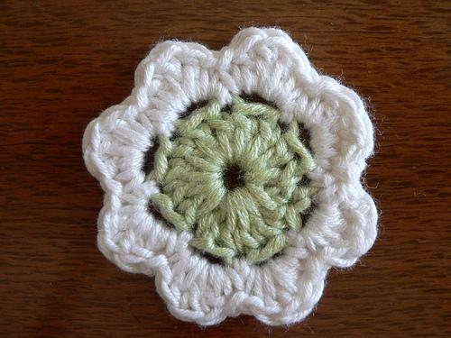 good crochet flower pattern