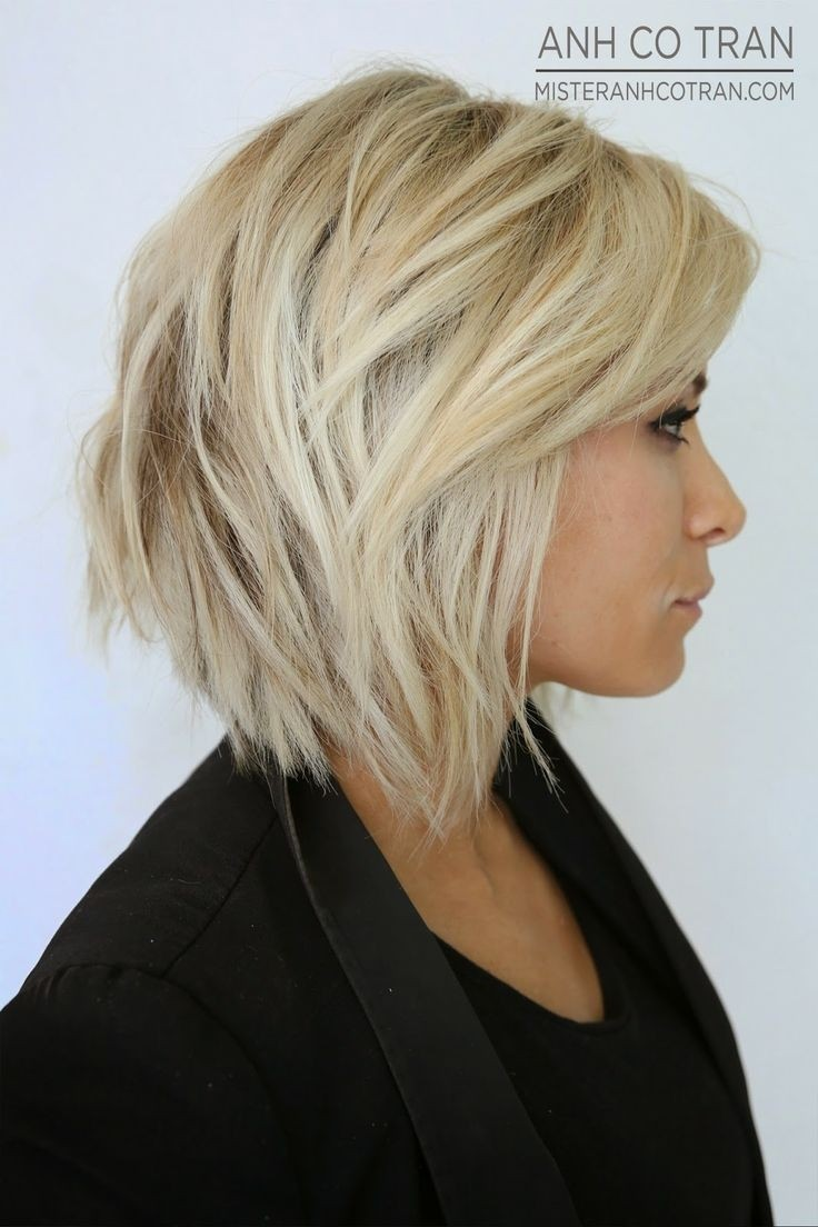 Chic Layered Bob Hairstyle for Medium Hair