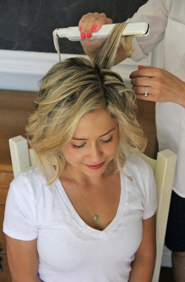 How to curl your short hair with a straightener in 5 minutes
