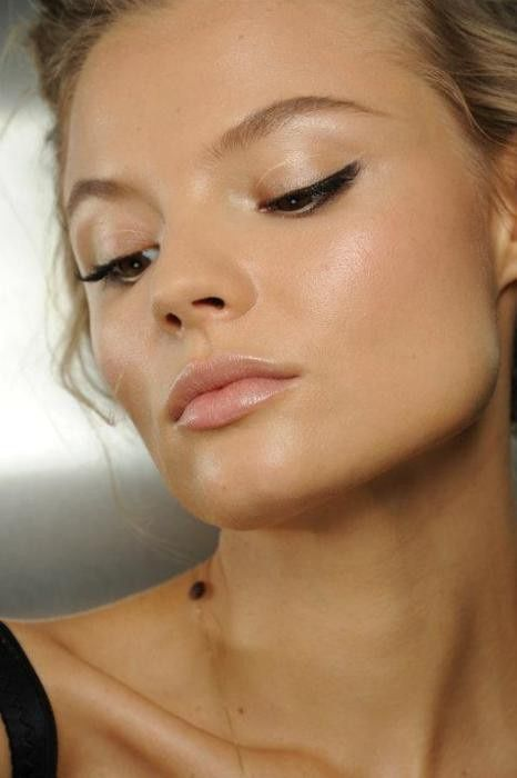 Make your skin glow with an easy home remedy in 5 min